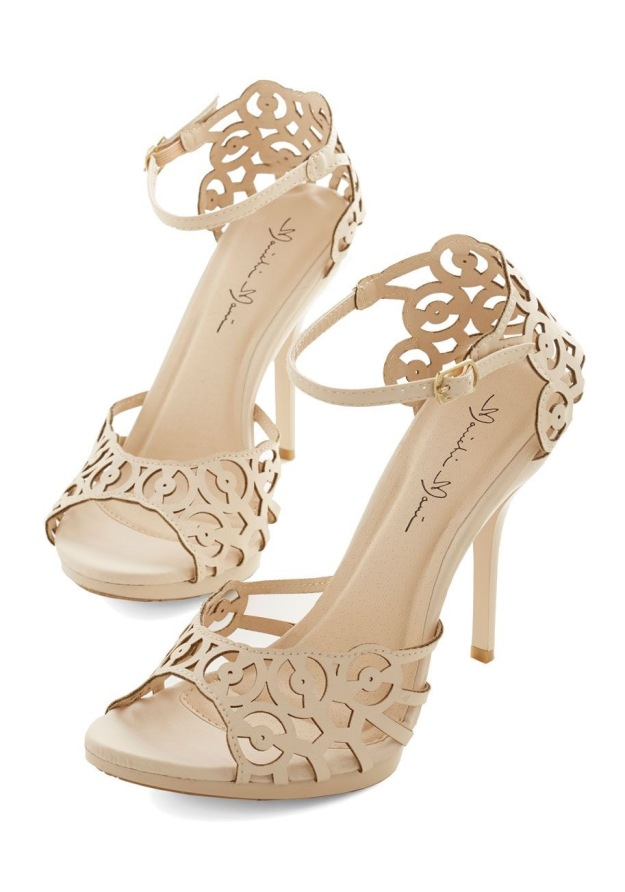modcloth heels for weddington way